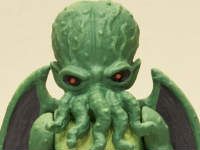 Cthulhu-ActionFigure-box-2