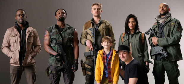 THE PREDATOR Cast Photo