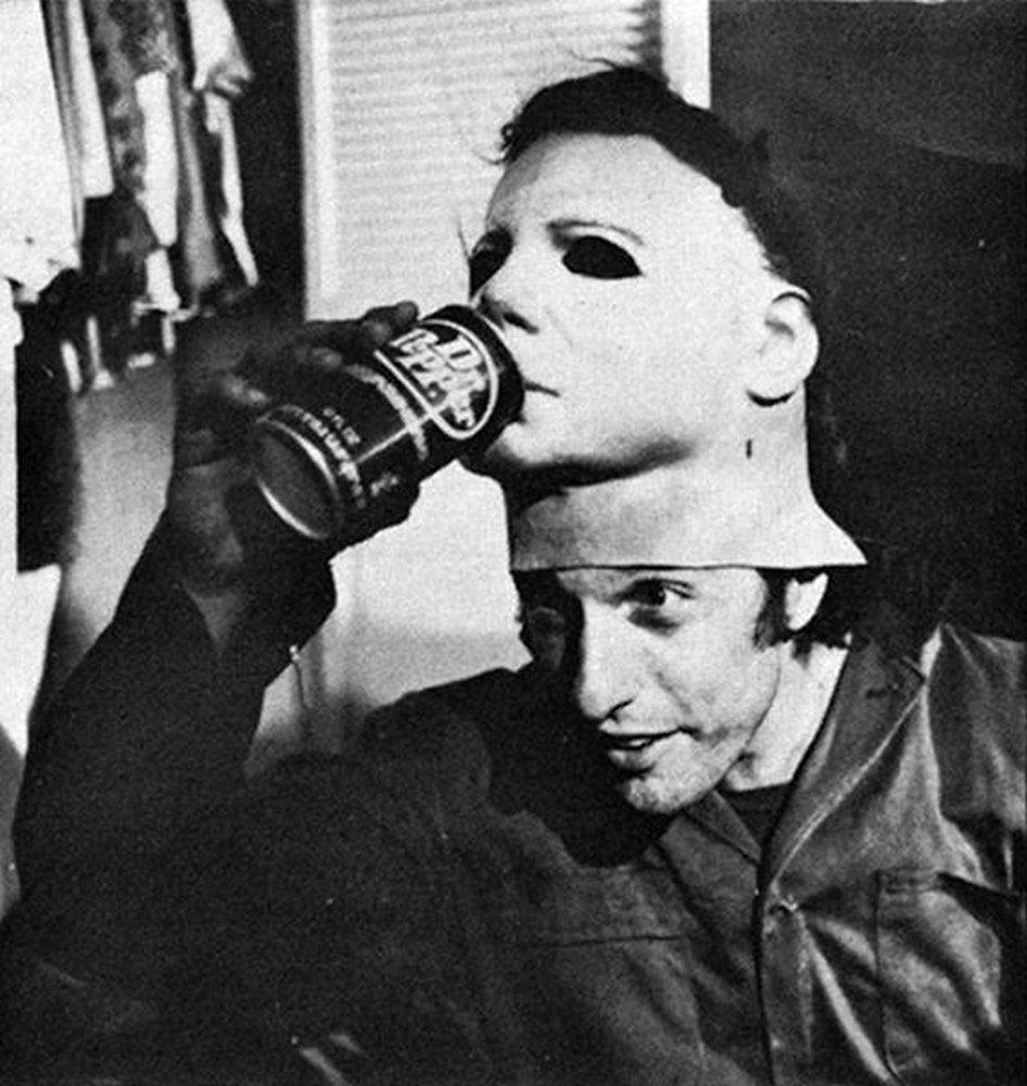 Nick Castle to Reprise Role as Michael Myers in New HALLOWEEN ...