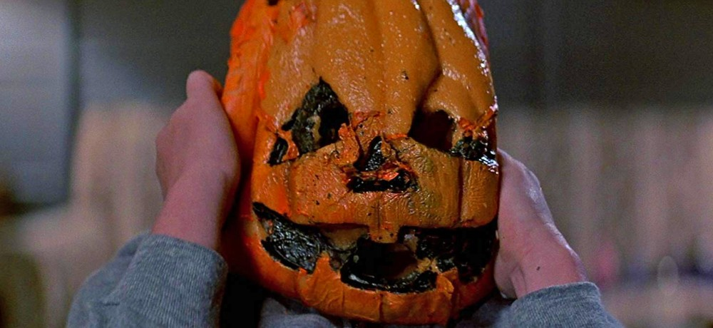 with fall fast approaching you may find yourself beginning to hum the silver shamrock countdown song from halloween iii season of the witch