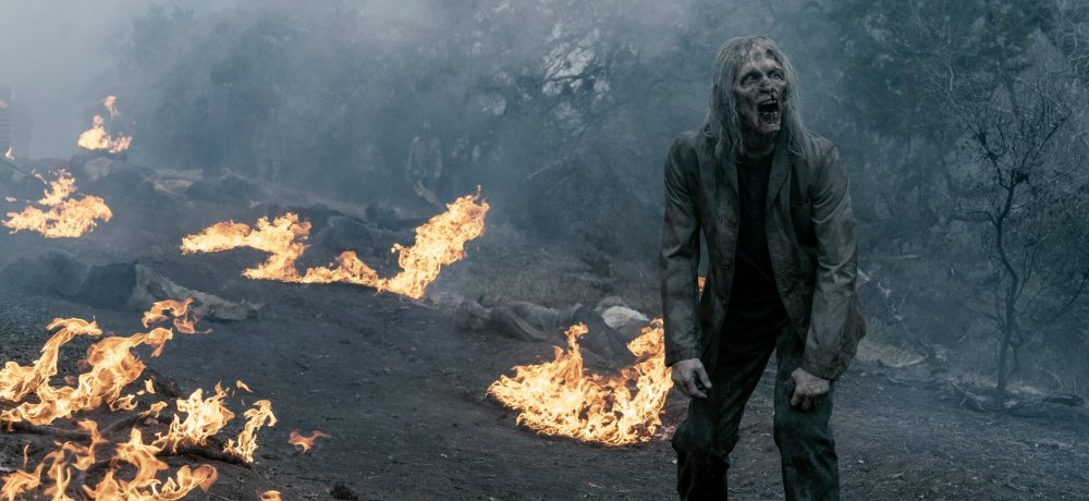 Watch the Opening Minutes from AMC's FEAR THE WALKING DEAD